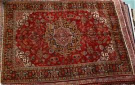 506 105 x 79 Handmade Persian Old Heriz rug Geome
