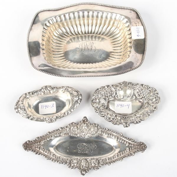 1004: Lot of four sterling nut trays, 1) 7 x 5 1/2, bla