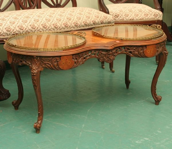 1014: Mid 1900's French style coffee table, satin wood