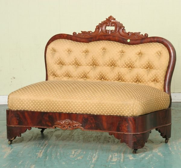 323: Mid 1800 Rococo Victorian banquette/footboard sofa