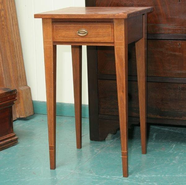 1004: Fine Hepplewhite style one drawer stand, solid wa