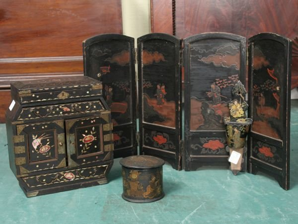 1232: Four pieces Chinese decorated black lacquer ware,