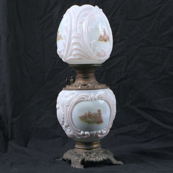 16: Great small Victorian GWW lamp, matching puffy milk