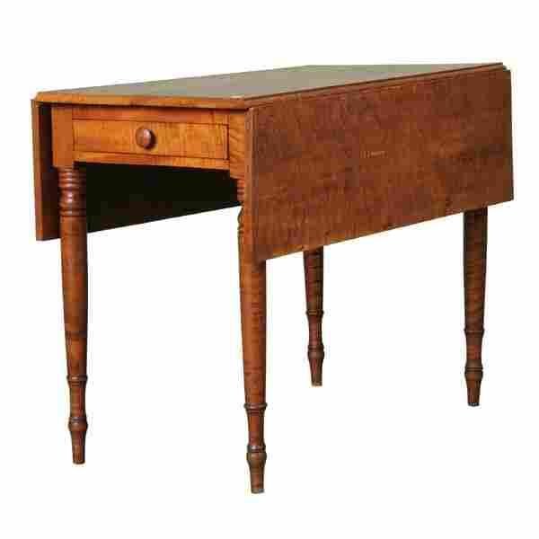 Fine early 1800 Sheraton dropleaf table, beautiful