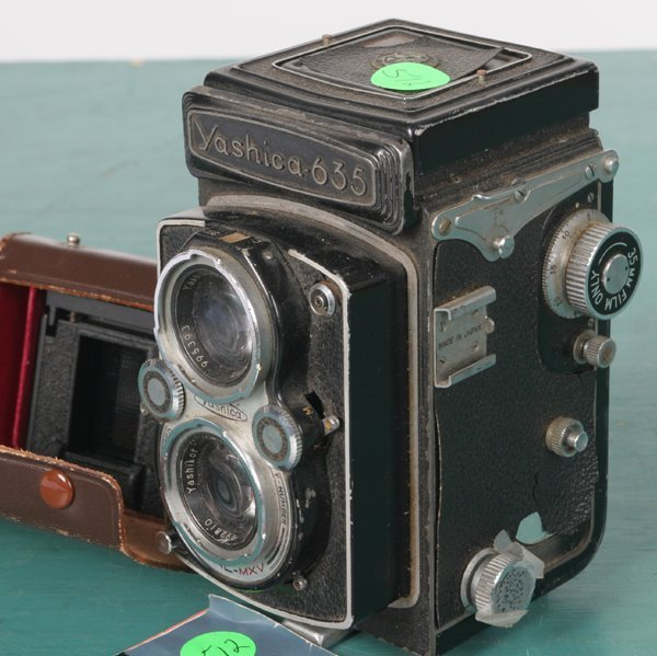 "512: Medium format camera, ""Yashica 635"" TLR, with inse - 3"