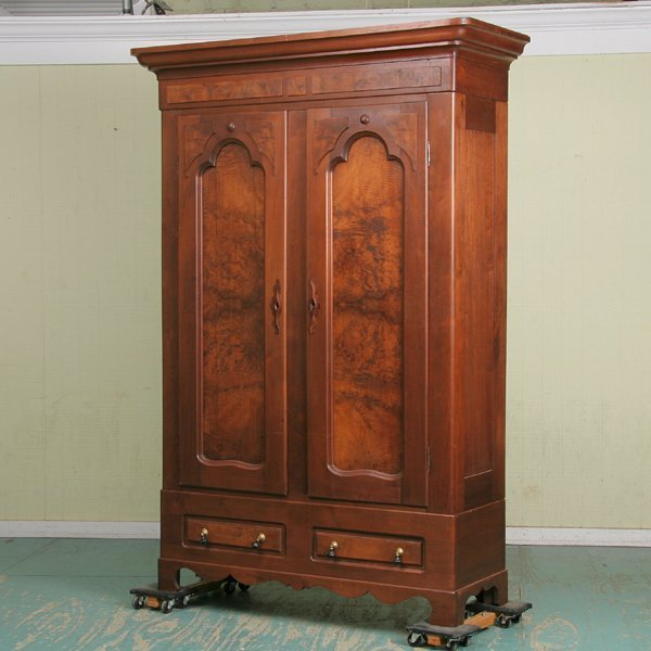 1081: Late 1800 Renaissance Victorian doubledoor armoir