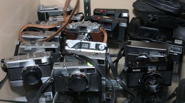 521: Lot of fourteen various mini 35 cameras, range fin