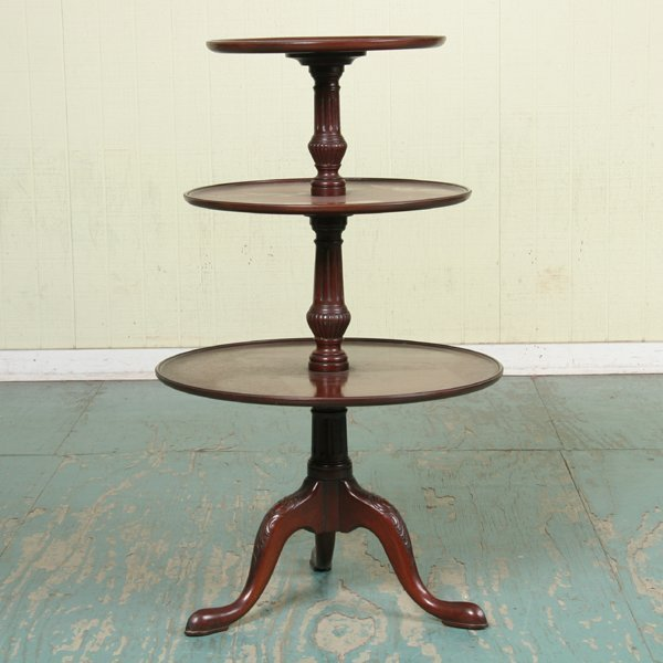 1004: Mid1900 Chippendale Revival three tier table/serv
