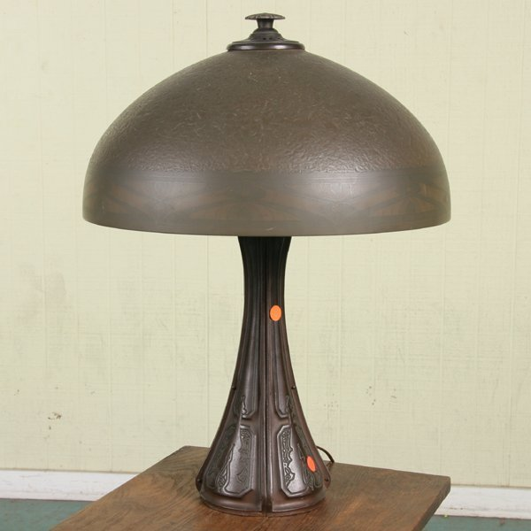 """1058: Early 1900 lamp, signed """"Bradley and Hubbard"""" at"""