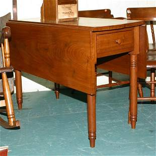 Early 1800 Sheraton drop leaf table, SE PA, solid w