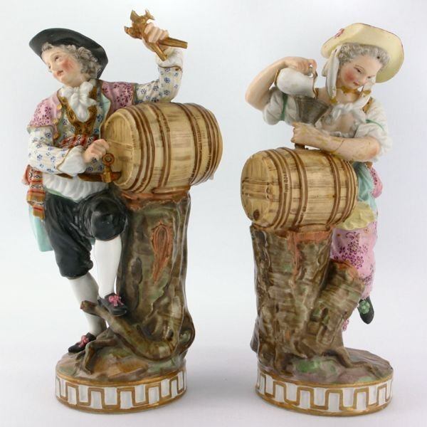 "132: Pair of early Meissen 6 1/2"" tall figures, possibl"