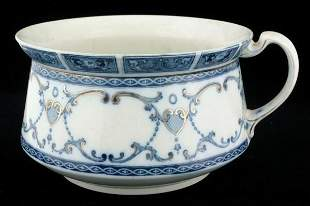 Lot of ten pieces, flow blue, etc. (1)chamber pot