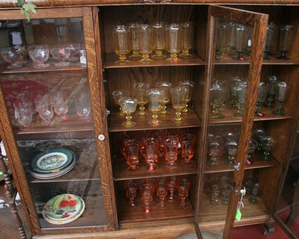 1013: Miscellaneous lot of stemware, four sets, approxi