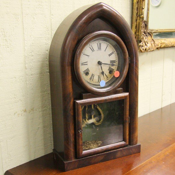 1009: 19th Century beehive mantel clock, Sessions, flam