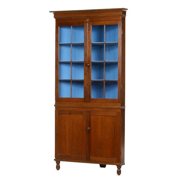 6: Early 1800's Chippendale corner cupboard, solid waln