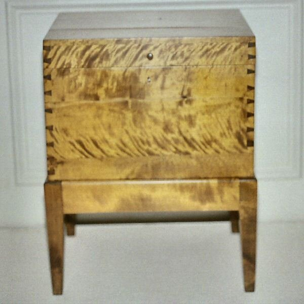 11: Hepplewhite sugar chest with unusual side drawer, s