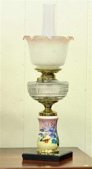 Victorian kerosene table lamp, floral decorated whi