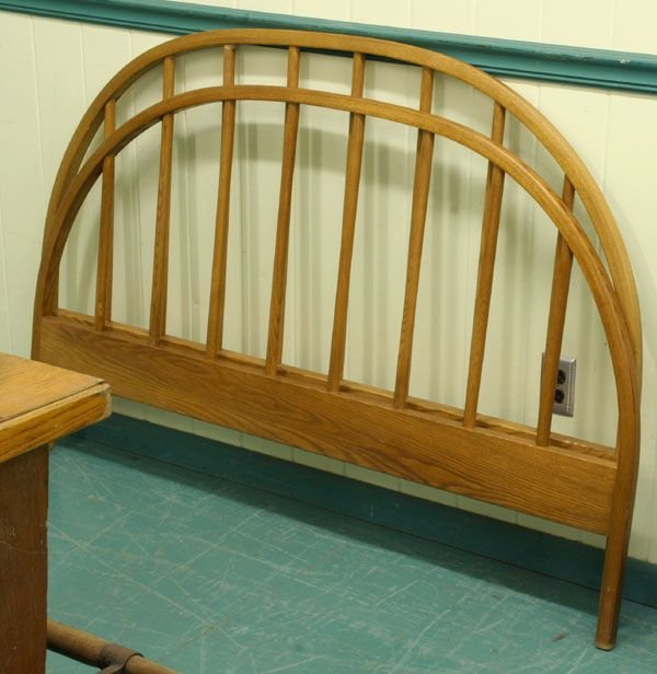 1363: Contemporary full size bed, Vermont Tubbs handmad