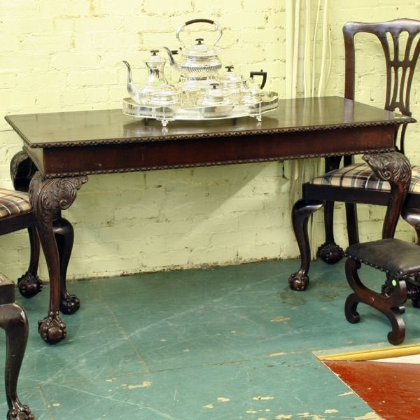 "6: Fine 19th century Chippendale table, mahogany, 2"" ba"