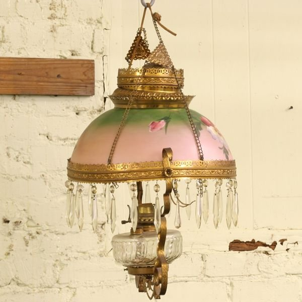 1023: Late 1800's pull down kerosene hanging lamp, soli
