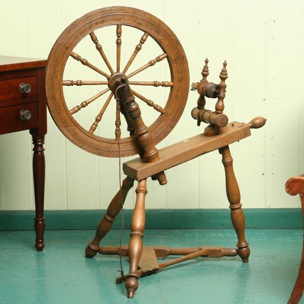 9: 19th century spinning wheel, solid oak, nice turning