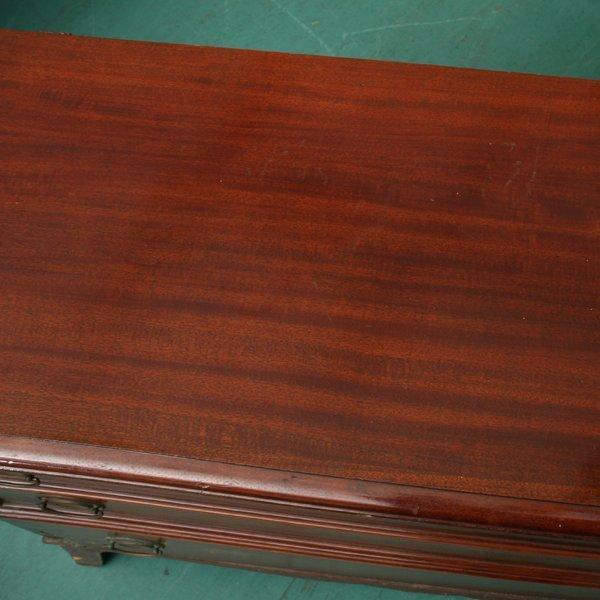 1106: Mid 1900's lift top cedar chest, Lane, Altavista, - 3