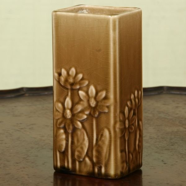 """1002: 1900 Rookwood pottery vase, 5 1/2""""t square body,"""