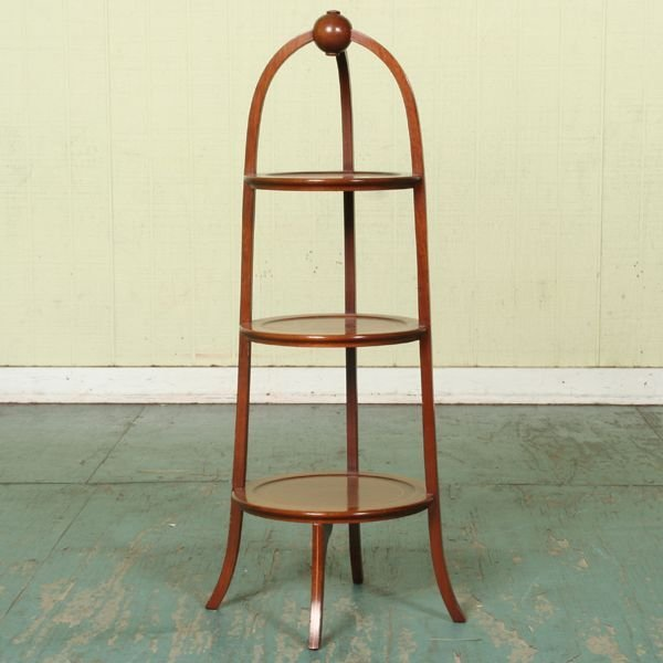 1004: Excellent mid 1900 three shelf muffin stand, soli