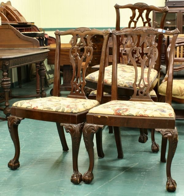 1010: Set of four mid 1900 Chippendale Revival chairs,