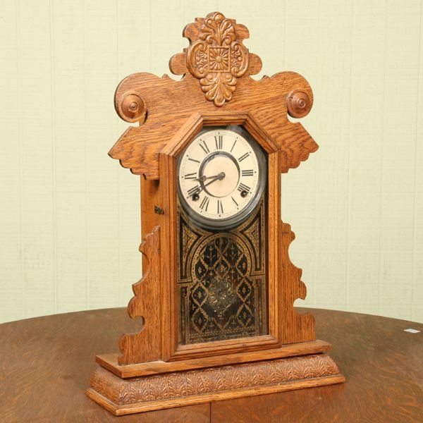 1022: Circa 1900 Rooster Comb mantle clock, E. Ingraham