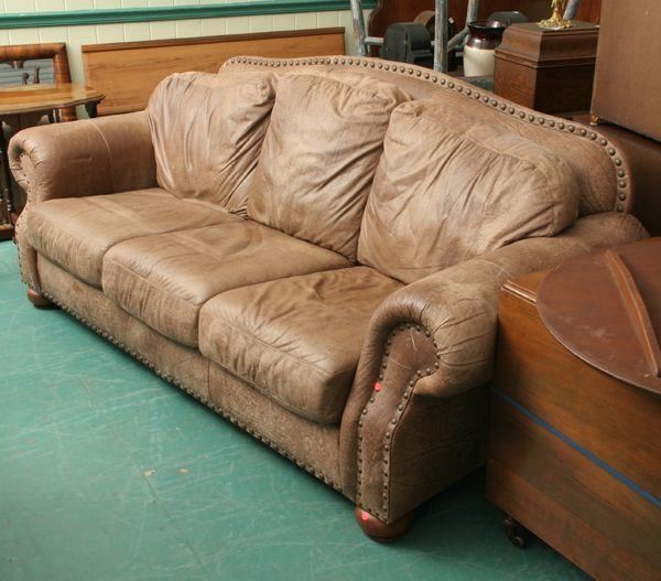 1317: Large contemporary leather sofa, Nubuck by Flexst
