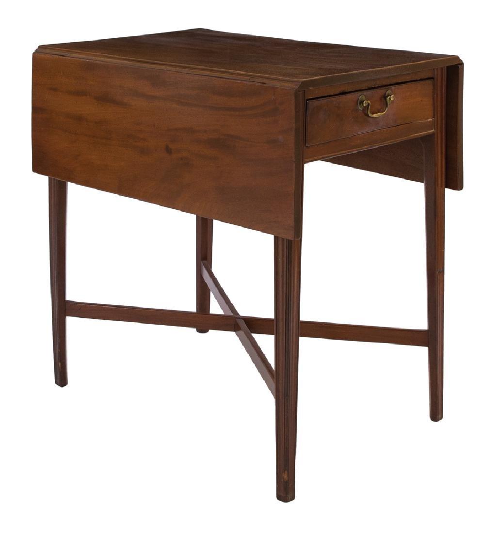 18TH C. SANTO DOMINGO DROP LEAF TABLE Mahogany,