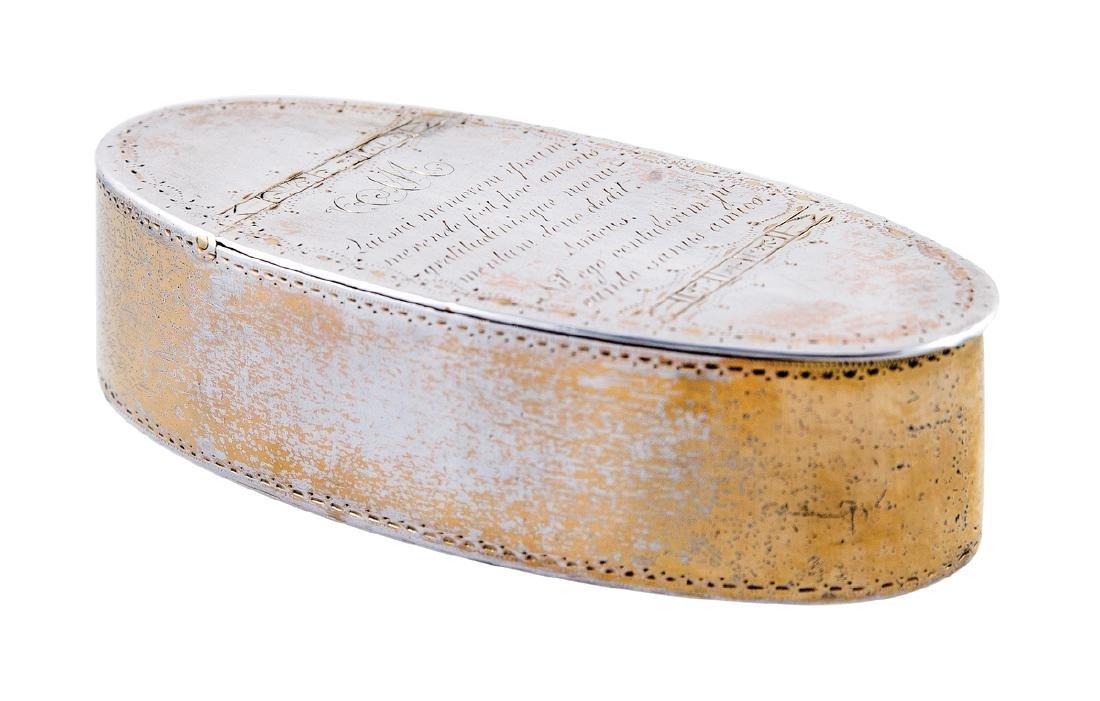 18TH C. SILVER SNUFF BOX Oval shape with three-quarter