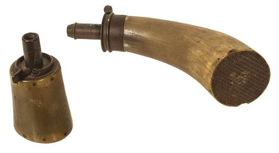 TWO HORN POWDER FLASKSHorn with a metal measure end 3