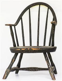 RARE CHILD'S WINDSOR CHAIRContinuous arm, very early