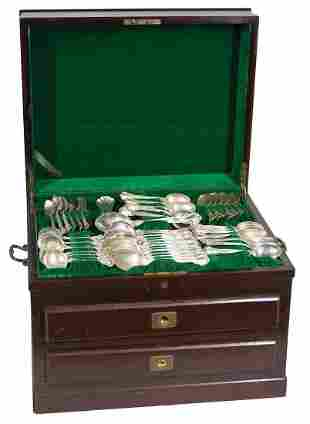 BOXED STERLING SILVER FLATWARESetting of Gorham marked