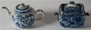 19TH C. ENGLISH CERAMICSBlue and white glazed lidded