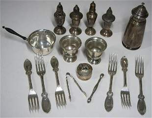 STERLING SILVER PIECESCollection of sterling including