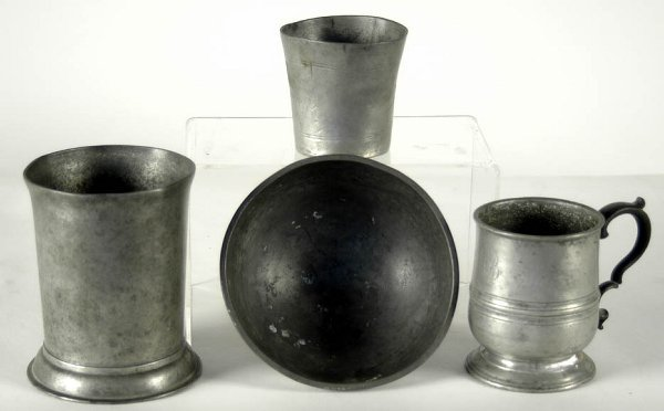 """16: Four pieces of early pewter: 5 1/4"""" cup; footed bow"""