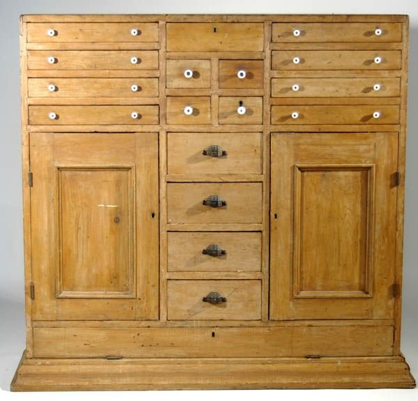 90: 19th c. pine multi-drawer cupboard, 12 small drawer