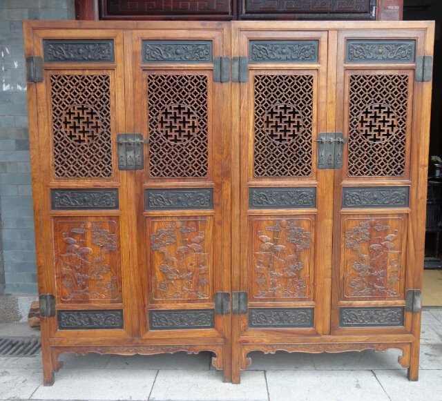 Old huanghuali pear large cupboard