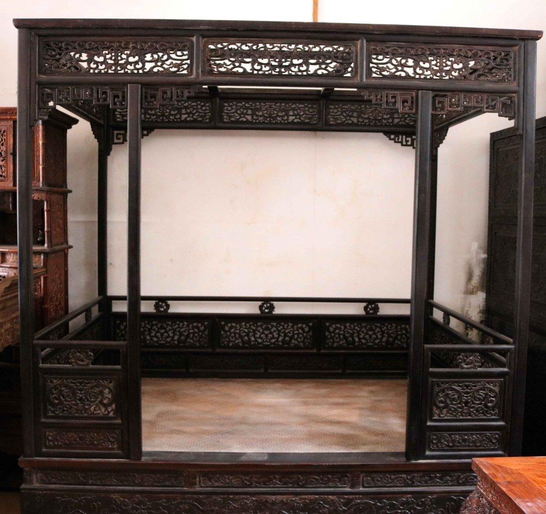 sandalwood Ximian canopy bed
