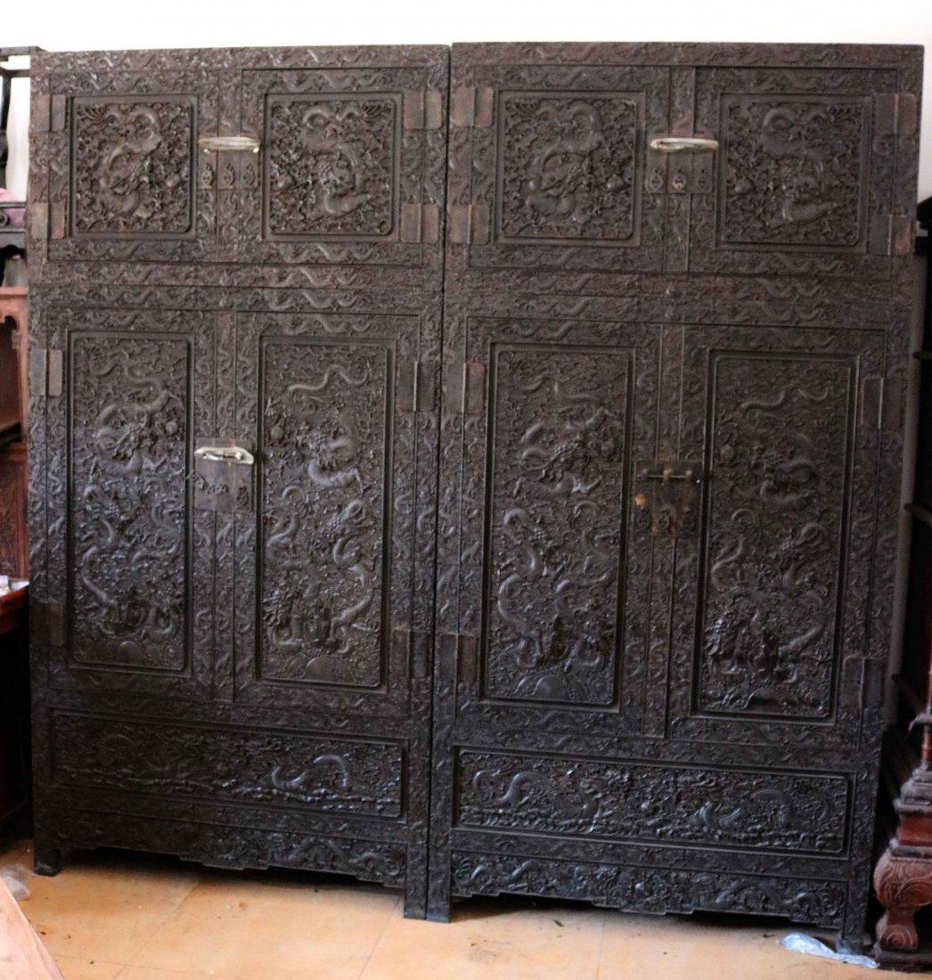 Big leaf sandalwood Diao top cabinet