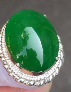 Imperial Green Emerald Jade Ring 2