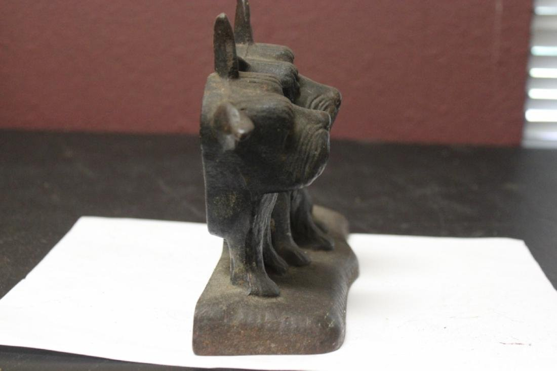 A Vintage Cast Iron Twin Dog Door Stopper - 4