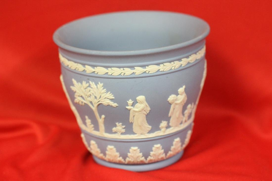 A Wedgwood Jasperware Planter - 2