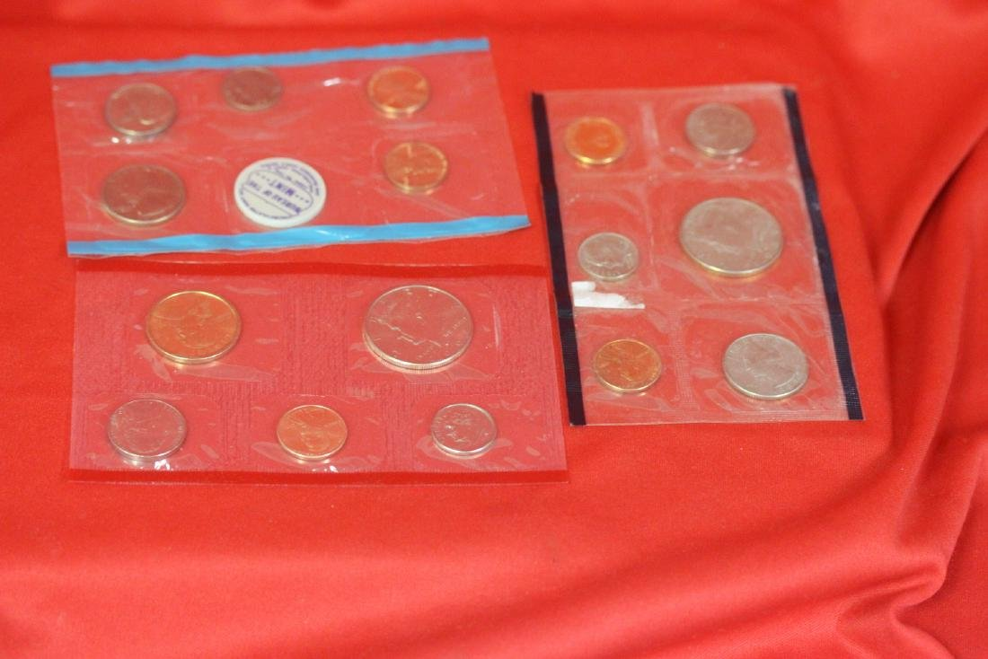 Lot of 3 Coins Sets