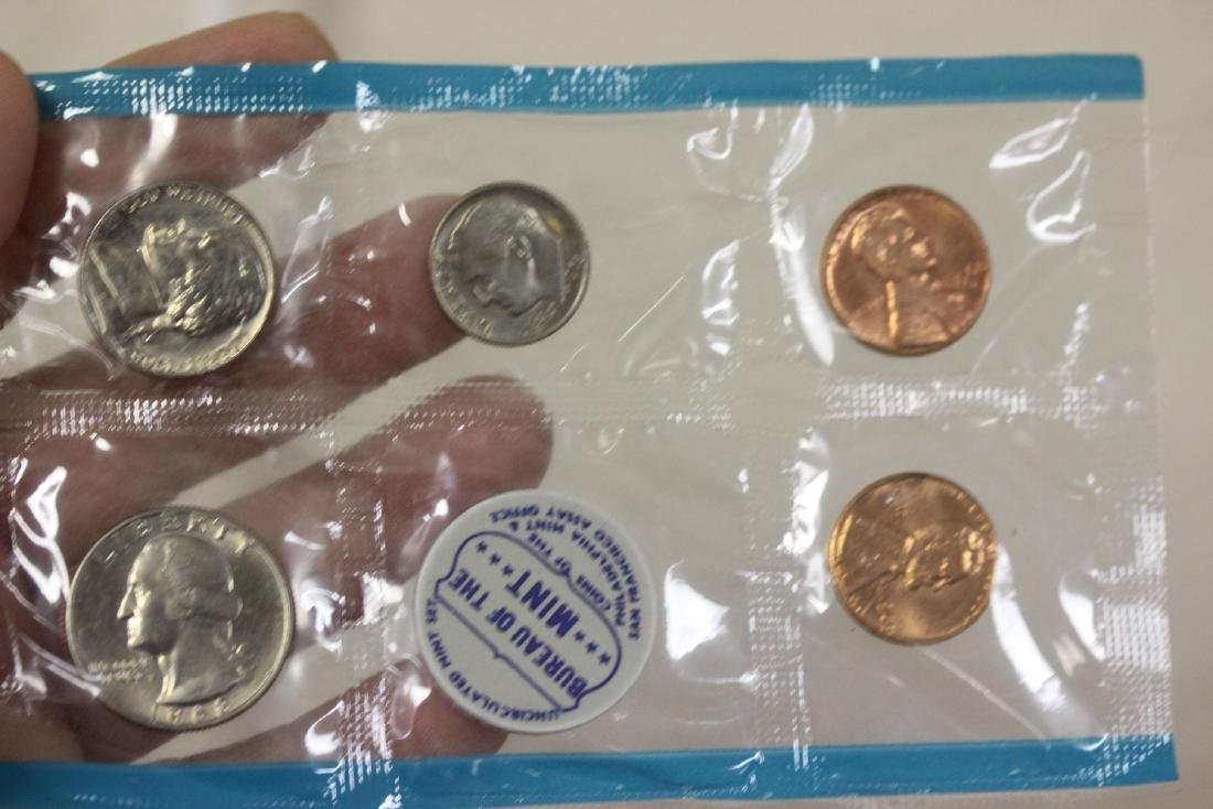 Lot of 3 Coins Sets - 3