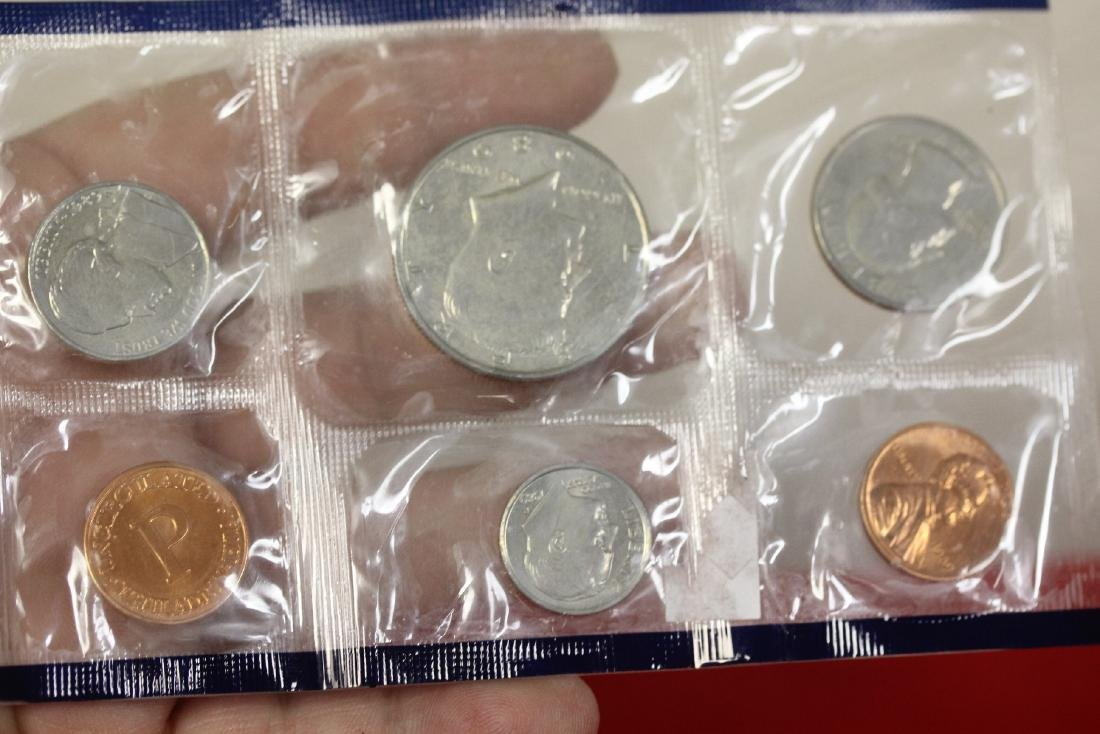 Lot of 3 Coins Sets - 4