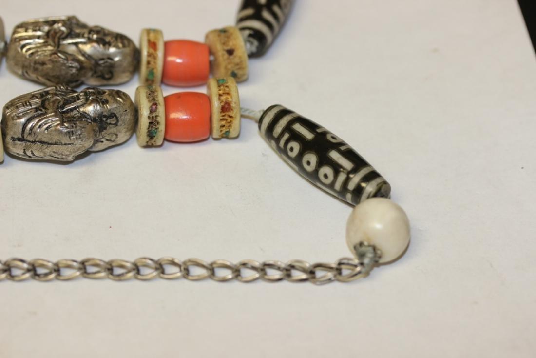 A Tibetian Dizi Bead and Bone Necklace - 5